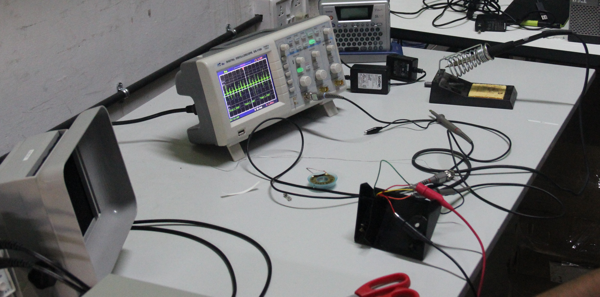 Diy soldering station the makeshift soldering station wiring solutioingenieria Image collections